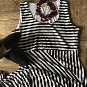 Boston Proper Sleeveless Maxi Dress, Size Medium
